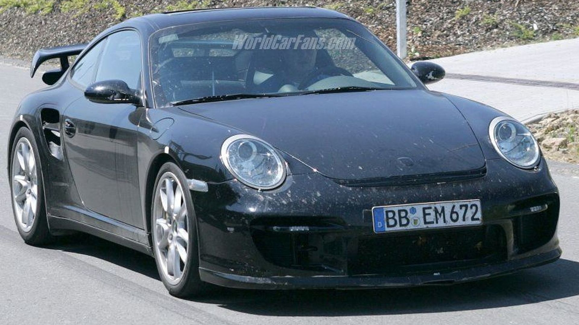 SPY PHOTOS: Porsche 997 GT2