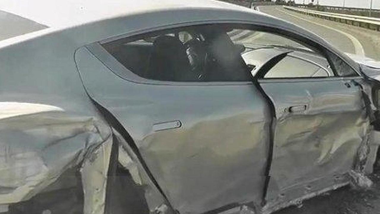 Aston Martin Rapide crash, 308, 25.10.2011