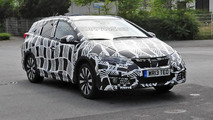 Spy shots show Honda already preparing facelift for Civic Tourer