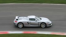 VIDÉO – Une Porsche Carrera GT s'attaque au Nürburgring