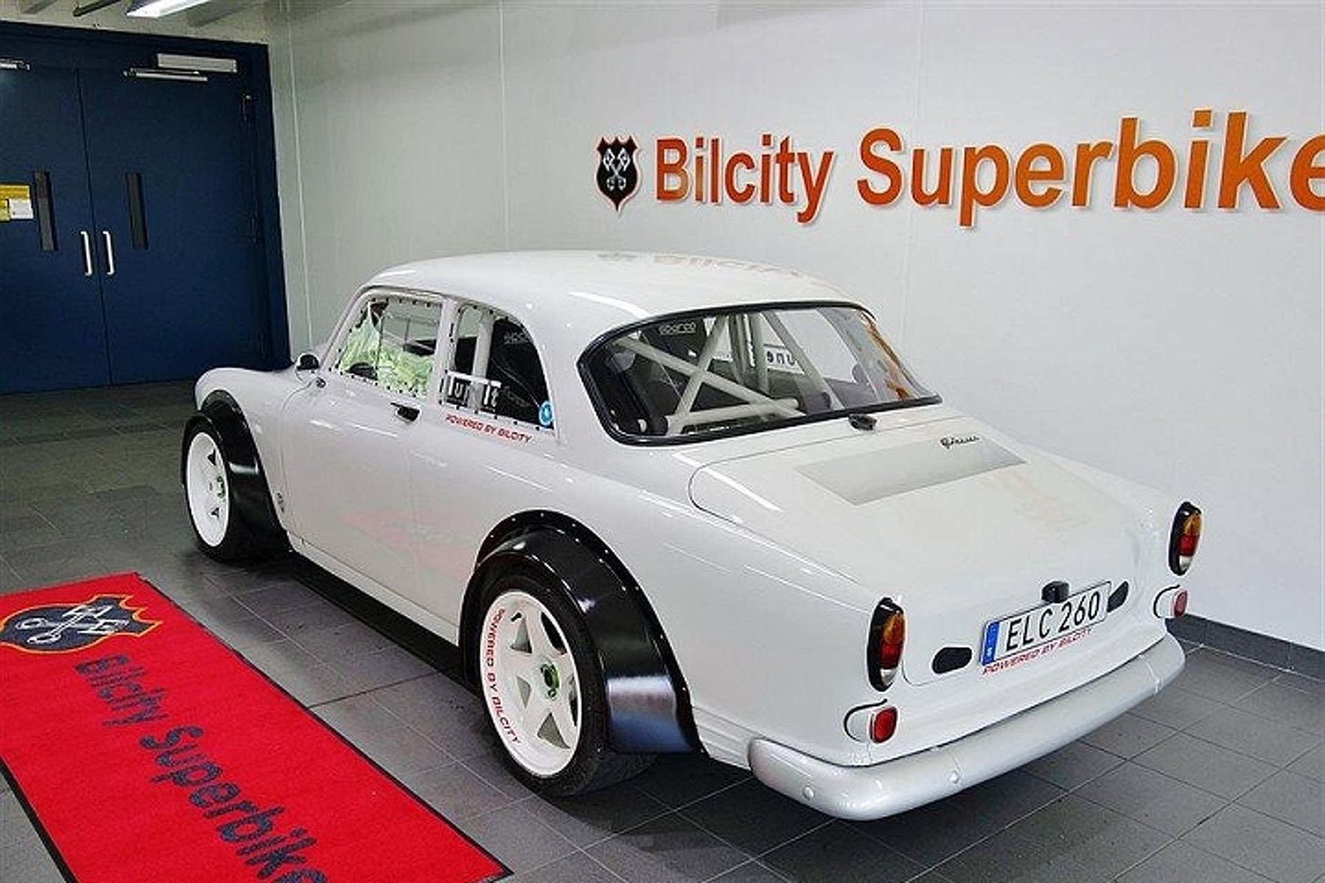 A V8-Powered Volvo Amazon Hotrod? Why Not!