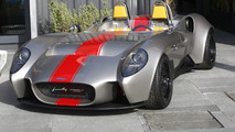 Jannarelly debuts prototype Design-1 under the sun in Dubai
