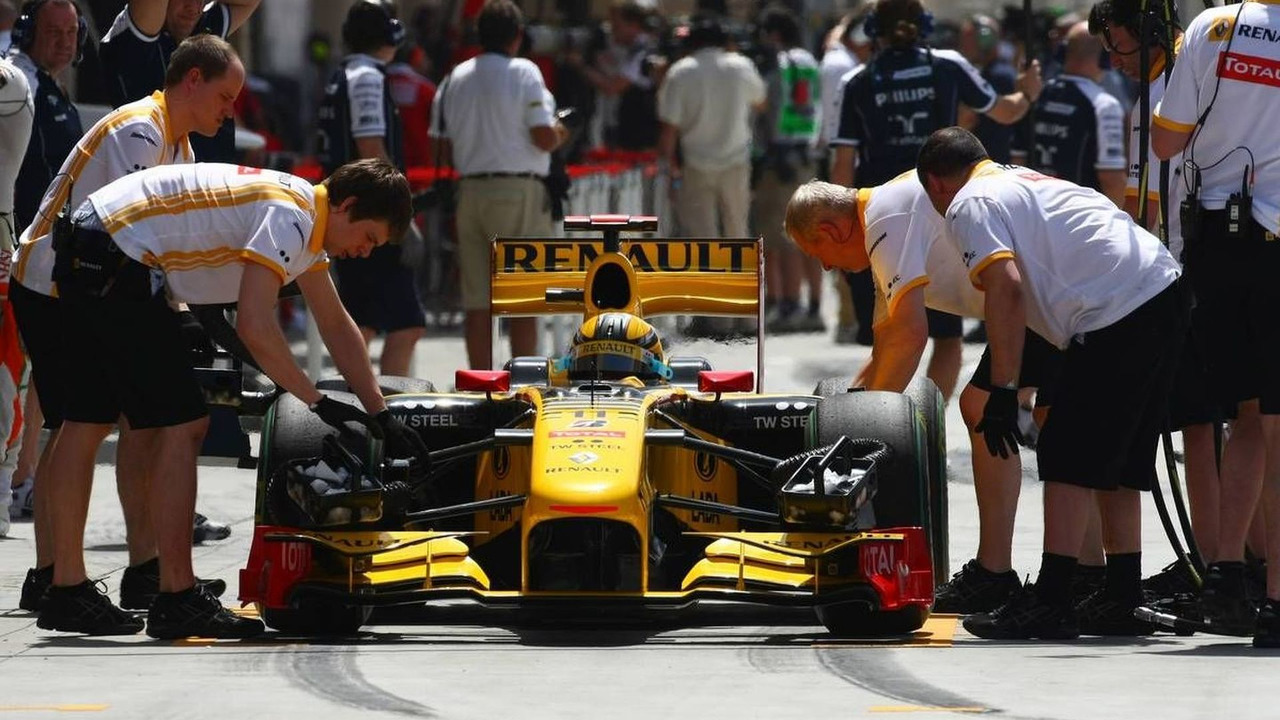 Robert Kubica (POL), Renault F1 Team, Bahrain Grand Prix, 13.03.2010 Sakhir, Bahrain
