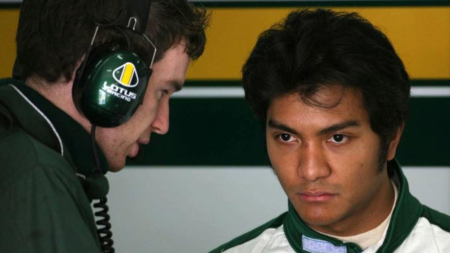 Team Lotus drops Friday driver Fauzy