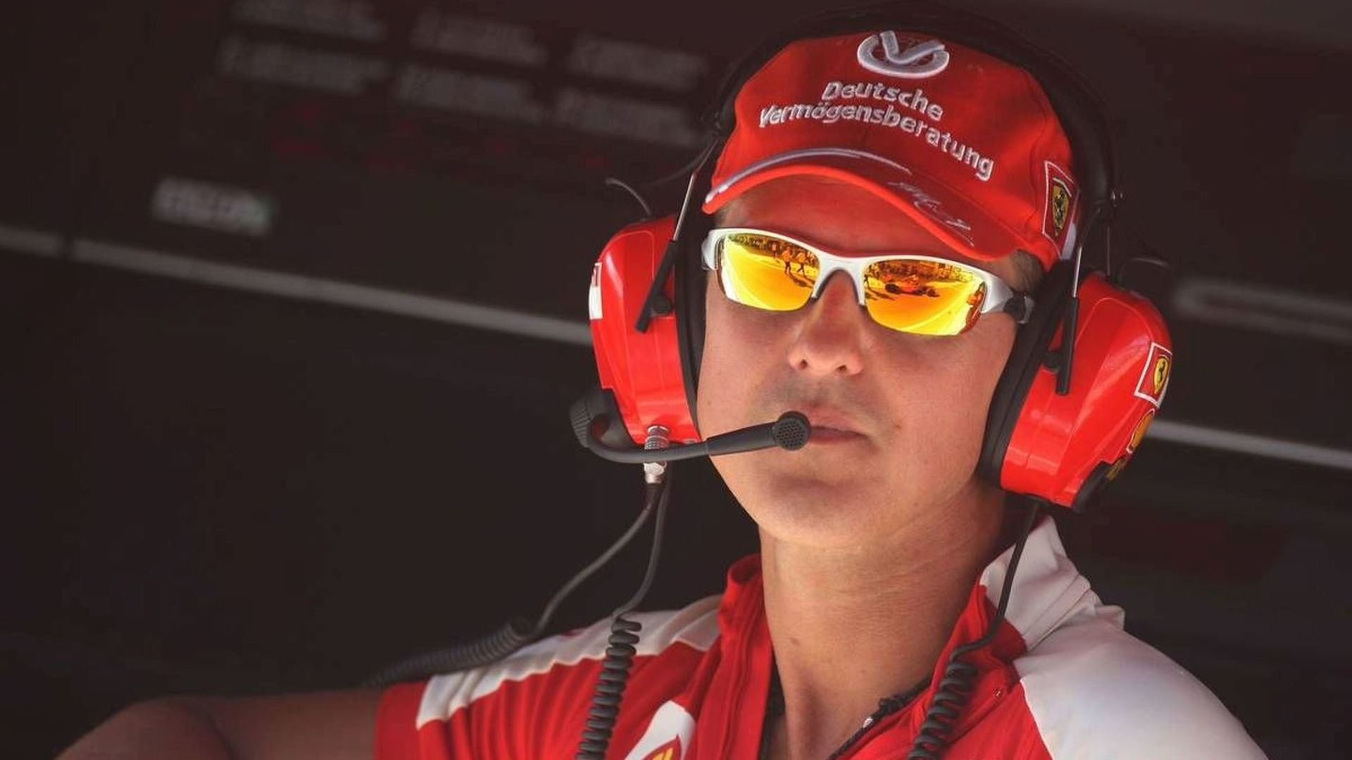 Massa says vision problem stopped Schumacher return