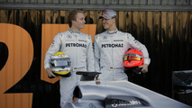 Schu's teammate Rosberg has no plans to flee