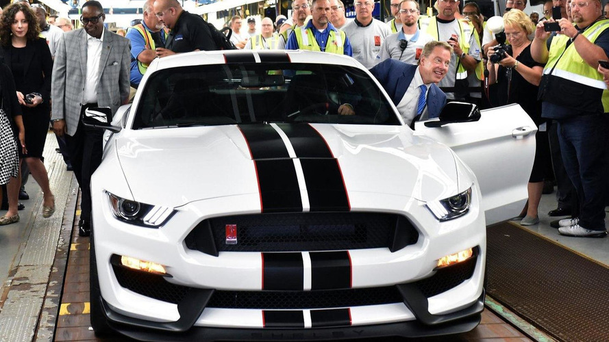 Ford Shelby GT350R Mustang goes into production [video]