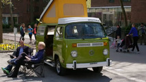 1977 Volkswagen Bus Comedians in Cars Getting Coffee