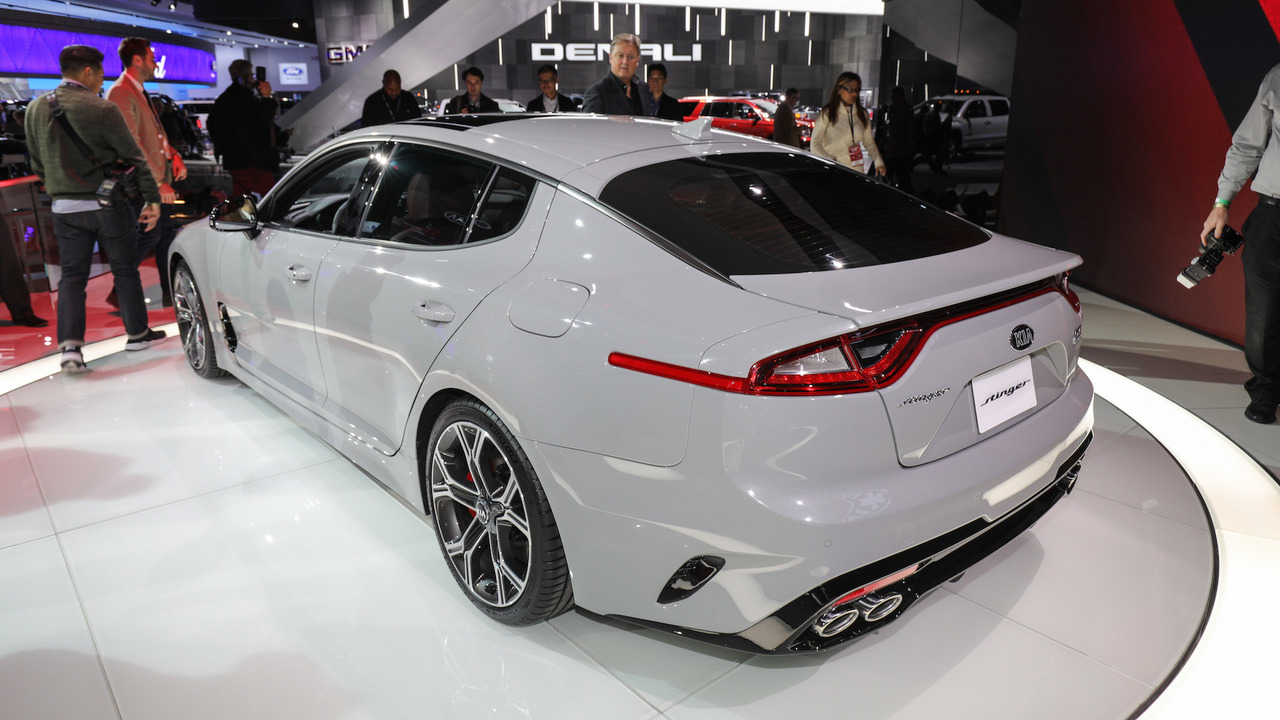 2018 kia stinger is a stylish gran turismo with biturbo v6 power. Black Bedroom Furniture Sets. Home Design Ideas