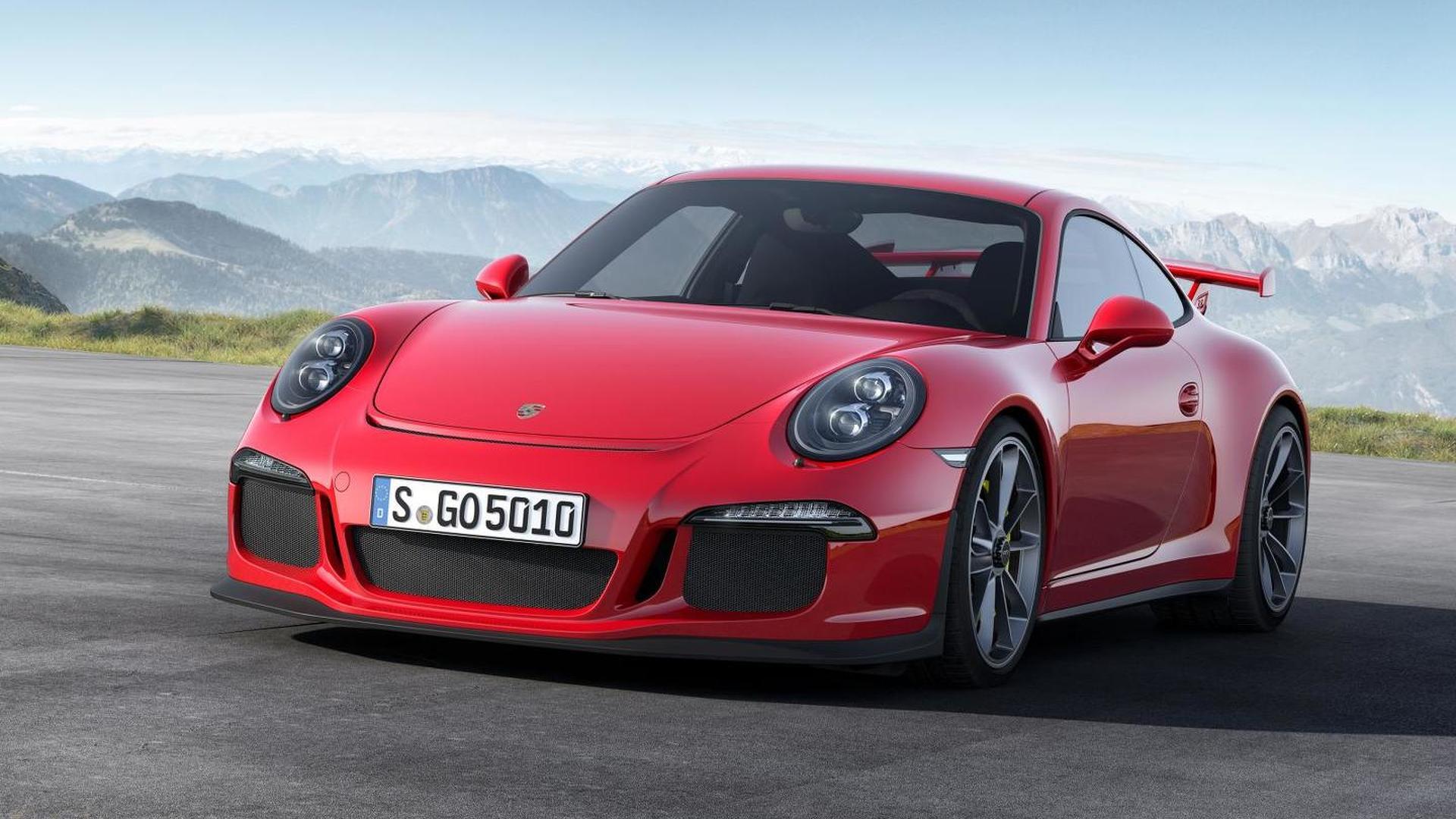 Porsche 911 GT3 RS comes into focus