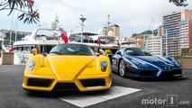 PHOTOS - 1320 ch et 2 Ferrari Enzo sur le port de Monaco