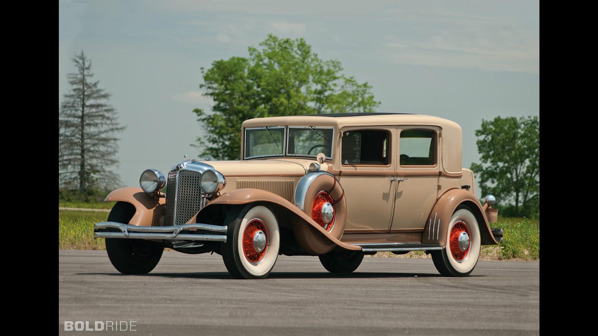 Chrysler Imperial Sedan