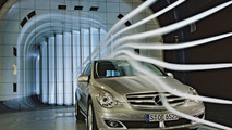 Mercedes-Benz R-Class wind tunnel testing