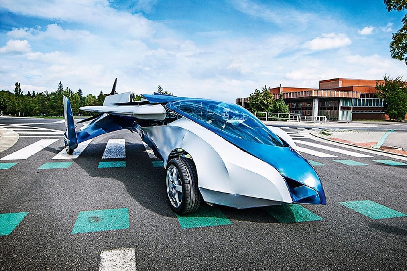 Aeromobil Flying Car Will Take to the Skies in 2016