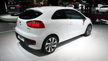 2015 Kia Rio facelift at 2014 Paris Motor Show
