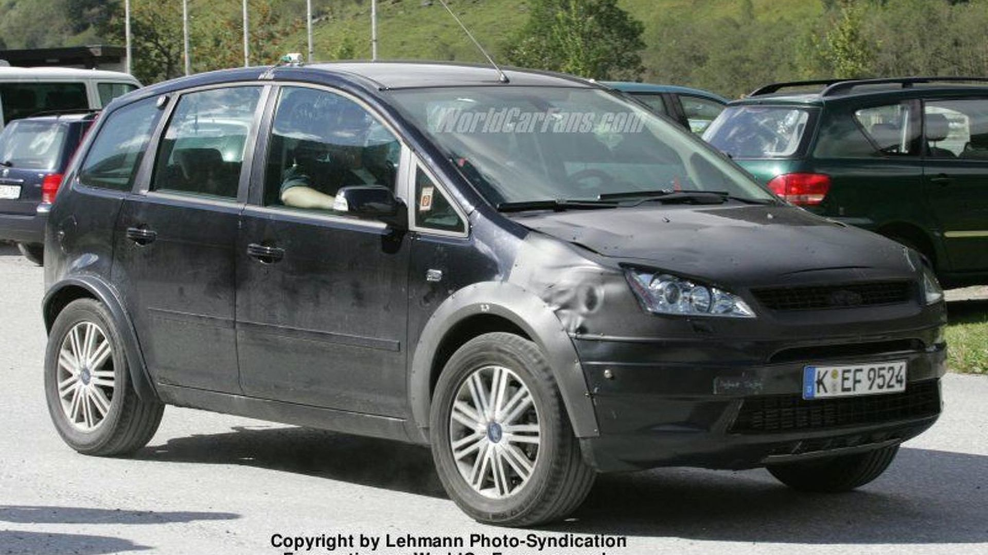 SPY PHOTOS: New Ford C-Max 4x4