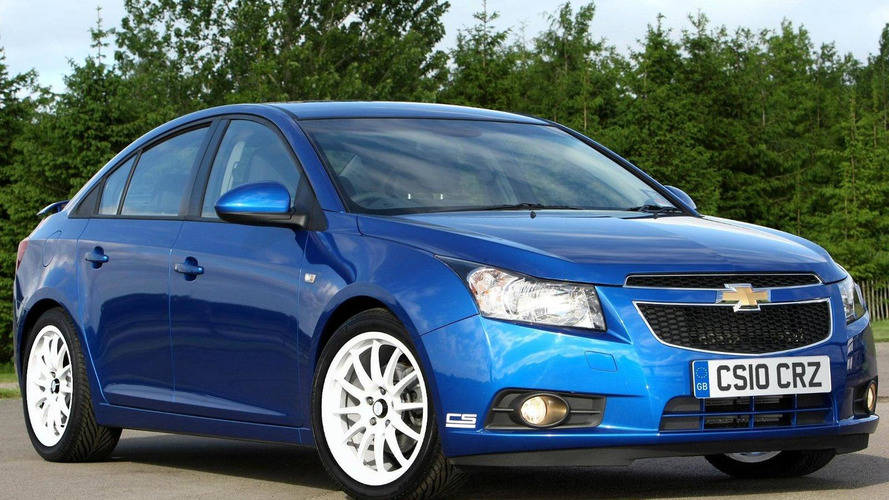 Chevrolet Cruze gets BTCC inspired CS styling kit for UK