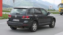 Next Generation VW Touareg Mule Spied
