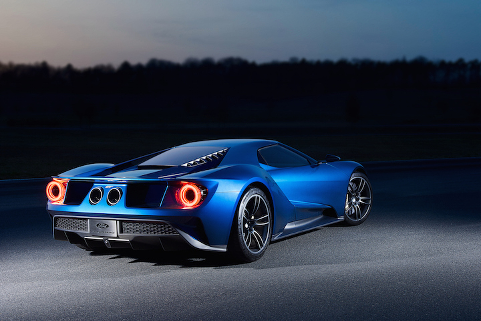"""2016 Ford GT Specs Revealed Via """"Forza Motorsport 6"""" Video Game?"""