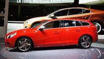 Volvo V60 live in Paris 01.10.2010