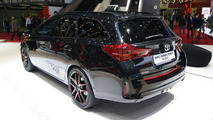 Toyota Auris Touring Sports Black live in Geneva