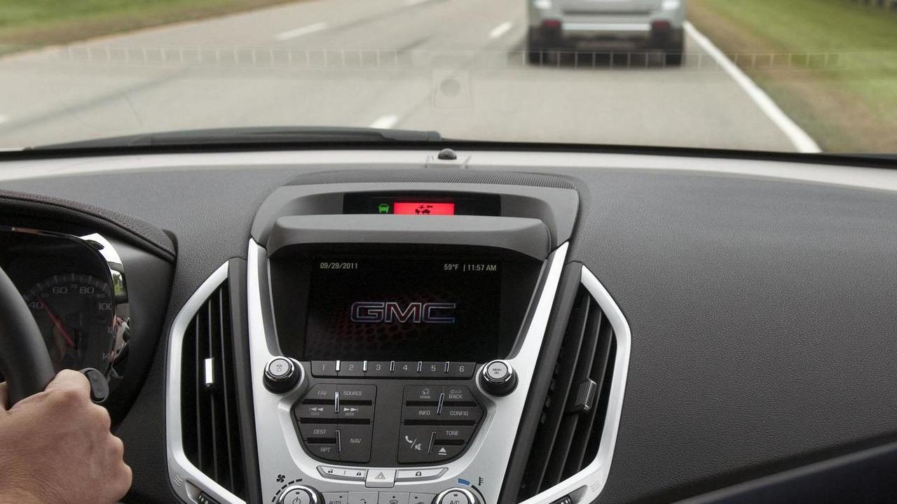 GM crash avoidance system - 4.10.2011
