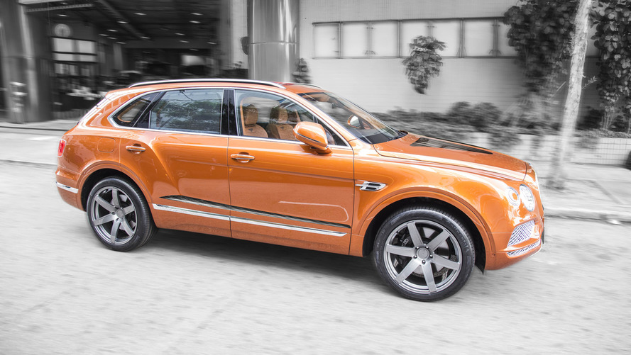 700-hp Bentley Bentayga is the most opulent way to hit 193 mph