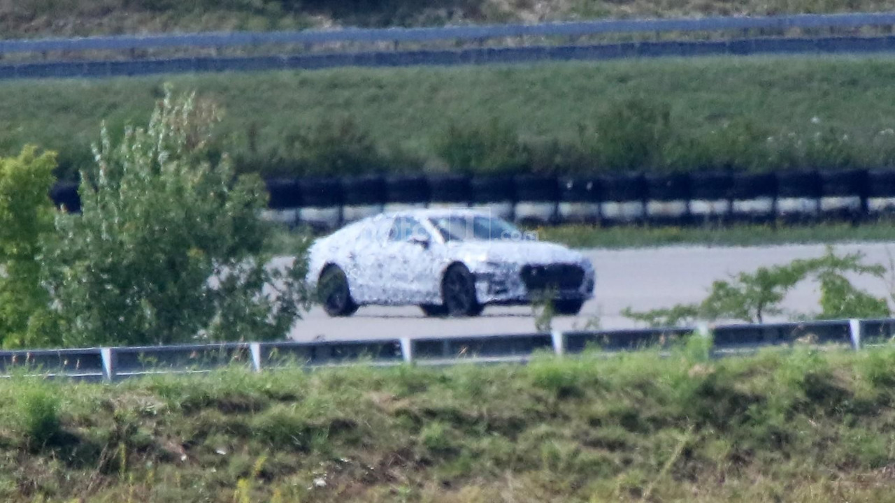2018-audi-a7-sportback-spy-photo