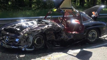 Mercedes-Benz 300SL frontally collides with BMW 1-Series during Mille Miglia [video]