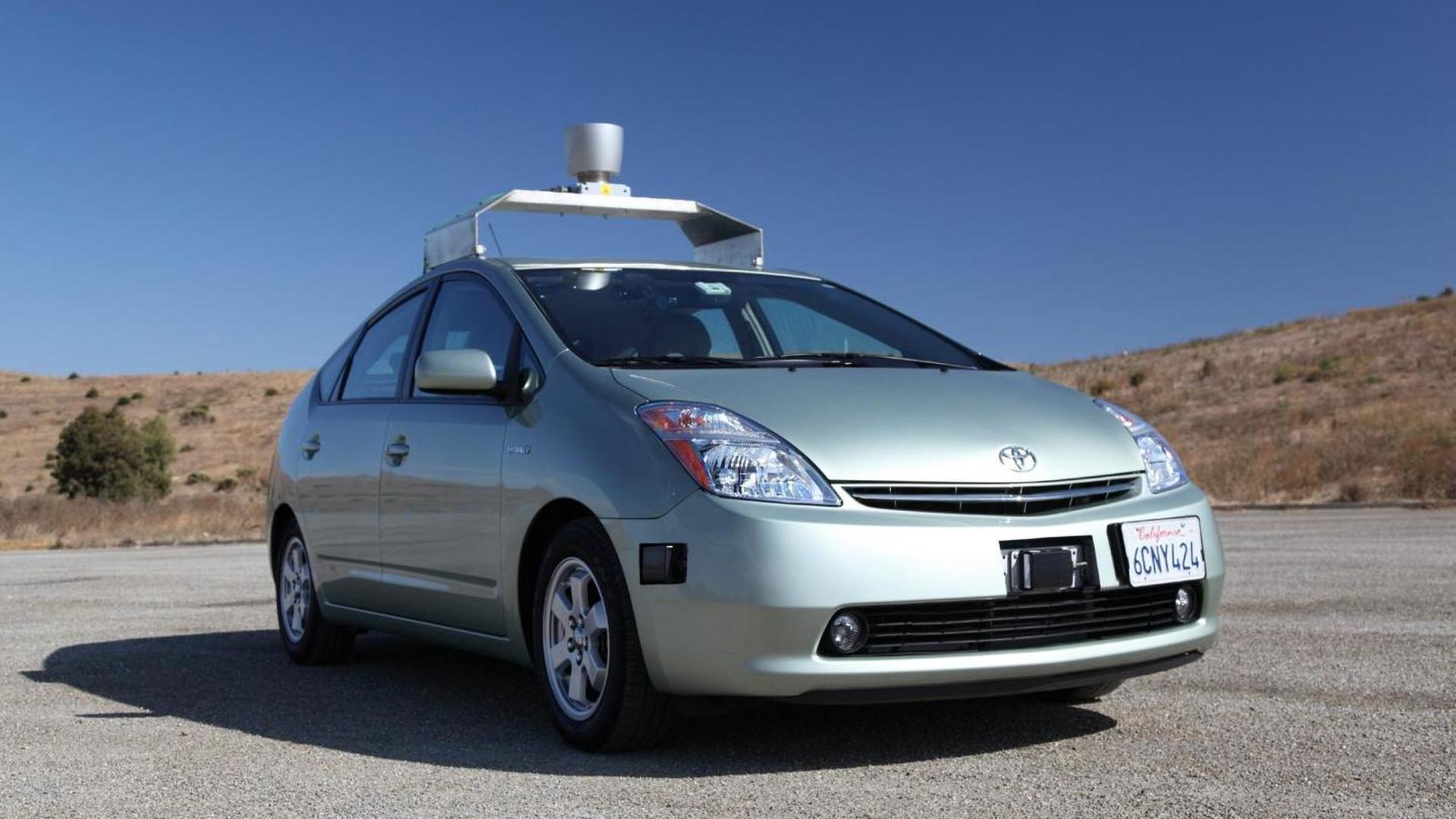 Google's autonomous car gets a driving license