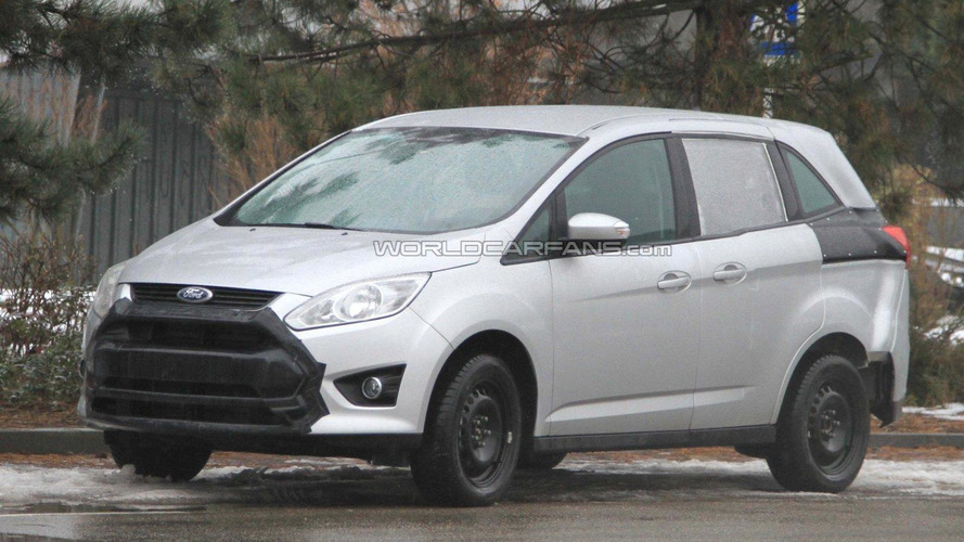 Next-generation Ford Galaxy mule spied