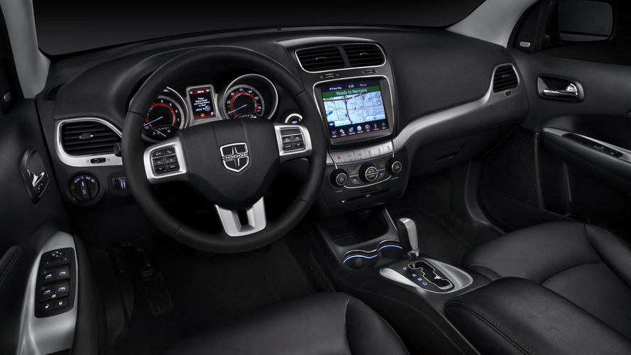 2011 Dodge Journey facelift unveiled