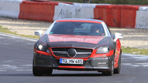 2012 Mercedes SLK Prototype caught with a little less camo 24.09.2010