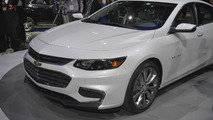 2016 Chevrolet Malibu debuts in New York with 300 lbs weight loss [videos]