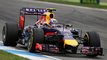 Ferrari F1 dream 'just a cliche' - Ricciardo