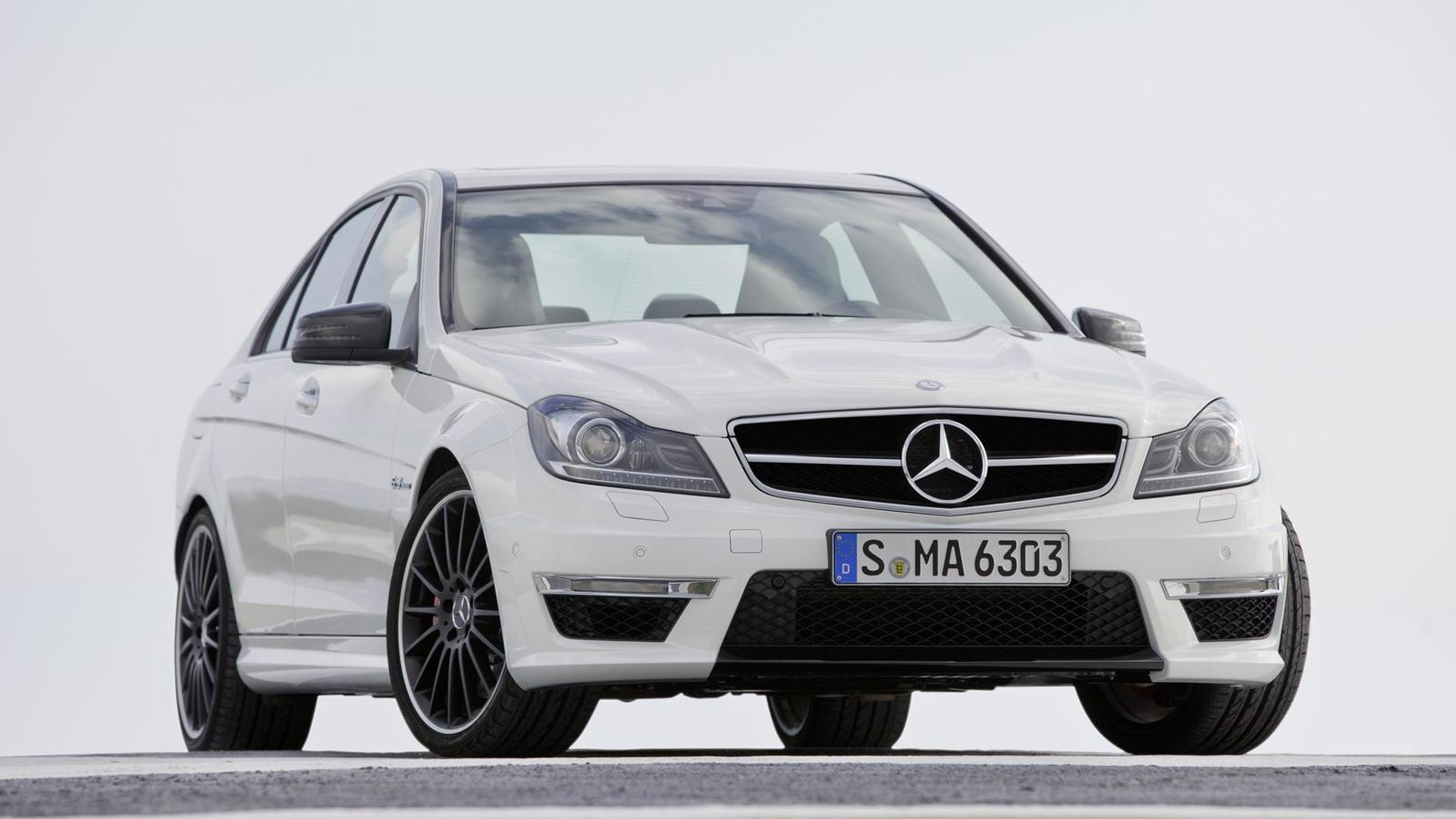 2012 Mercedes C63 AMG officially unveiled