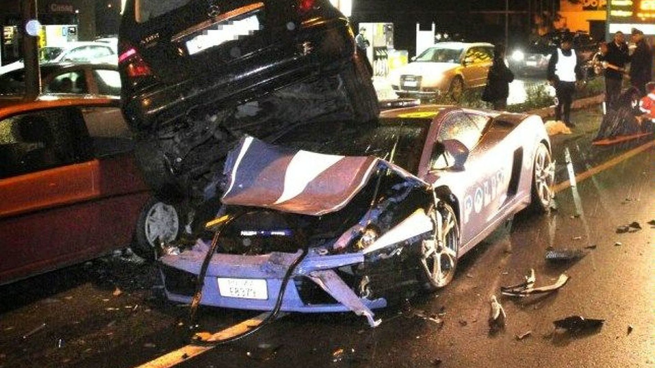 Lamborghini Gallardo Police Vehicle is written off