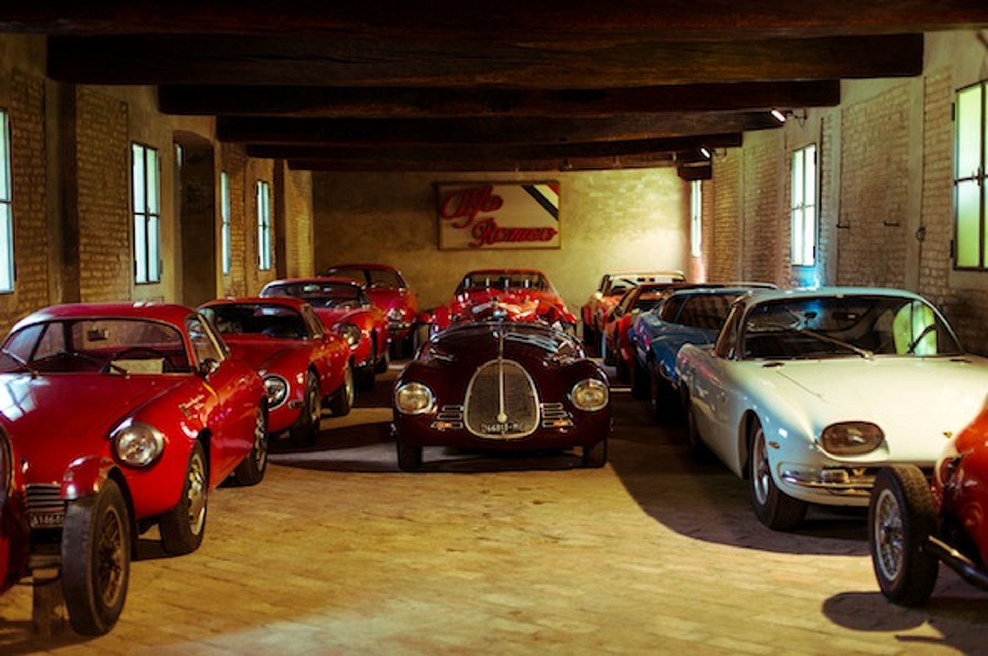 Righini Classic Car Collection is a Marvel of Italian Automobilia [video]