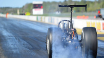 Electric Fox sets new EV dragster European 1/4-mile record