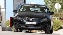 Peugeot 308 Refresh Spy Shots