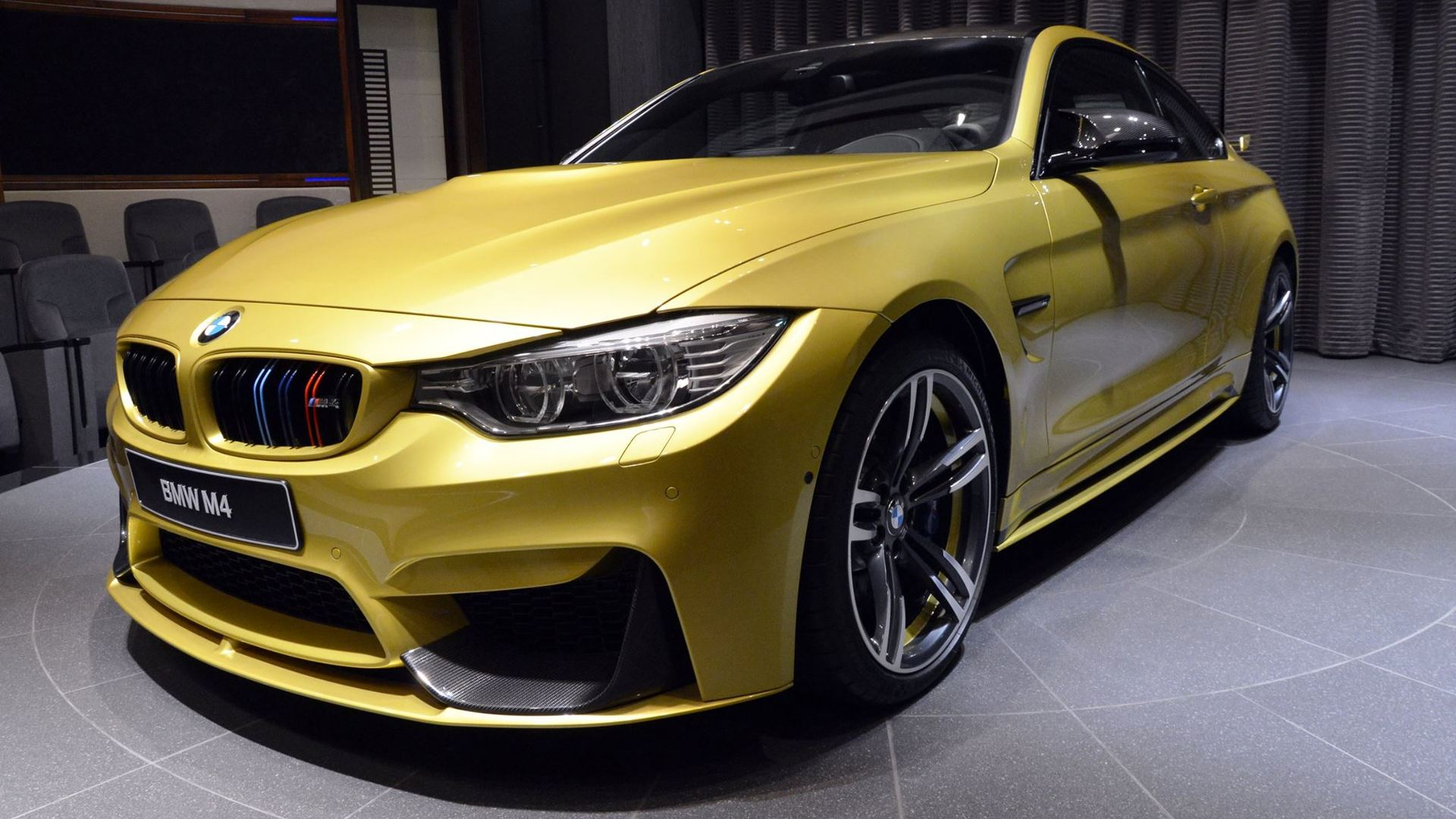 BMW M4 with M Performance goodies is gorgeous in Austin Yellow