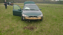 Sober Ford Mondeo driver intentionally tests airbags by crashing his car