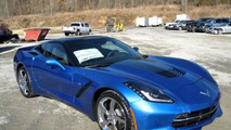 Chevrolet Corvette Premiere Edition gets 8,100 USD discount after smashing through dealer window