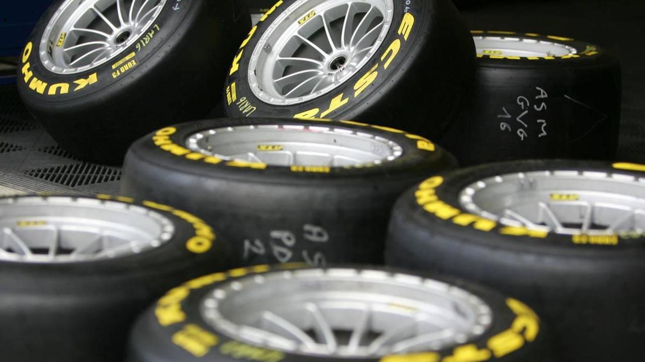 Kumho F3 tyres