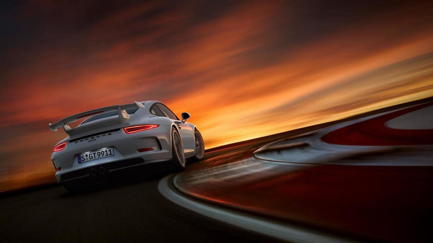 Porsche realizes Honda bought a 911 GT3, leaves friendly note under hood