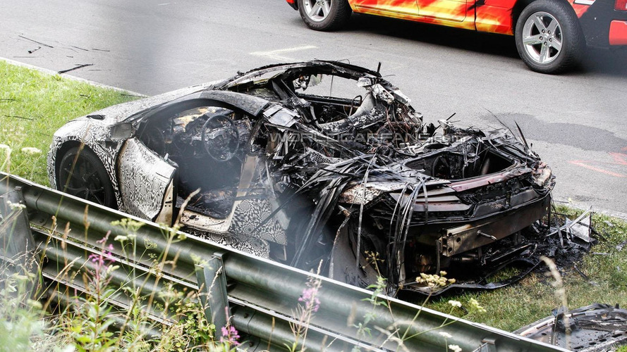 Acura NSX prototype bursts into flames at the Nürburgring