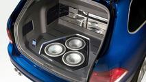 VW Golf Variant RaVe 270 Concept Premieres at Essen