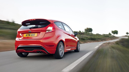 2013 Ford Fiesta ST launched in UK - driving dynamics at Lommel [video]