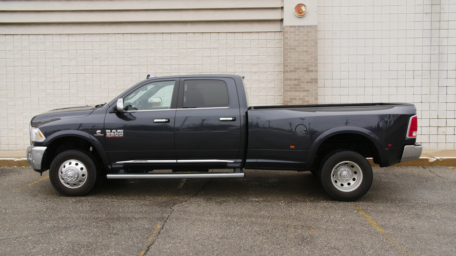2016 Ram 3500 Limited may be the ultimate cowboy truck