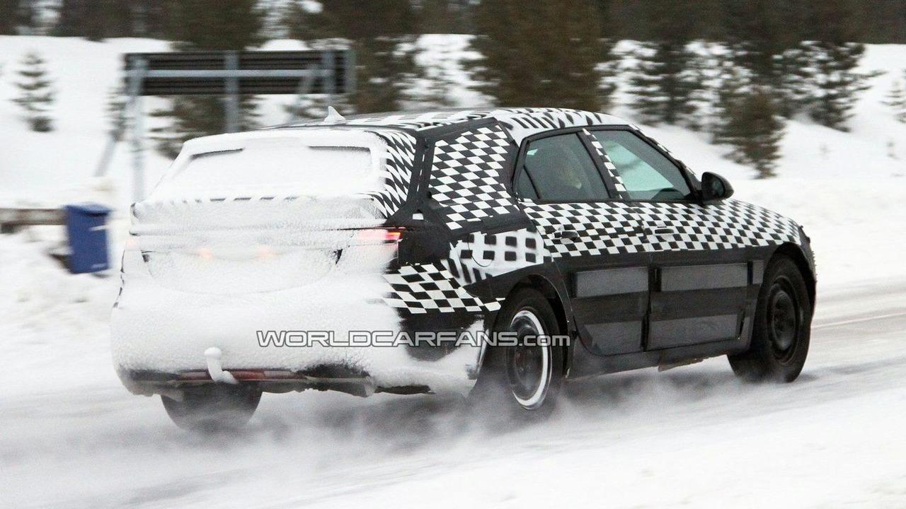 Saab 9-5 Wagon Spied winter testing in Sweden 21.01.2010